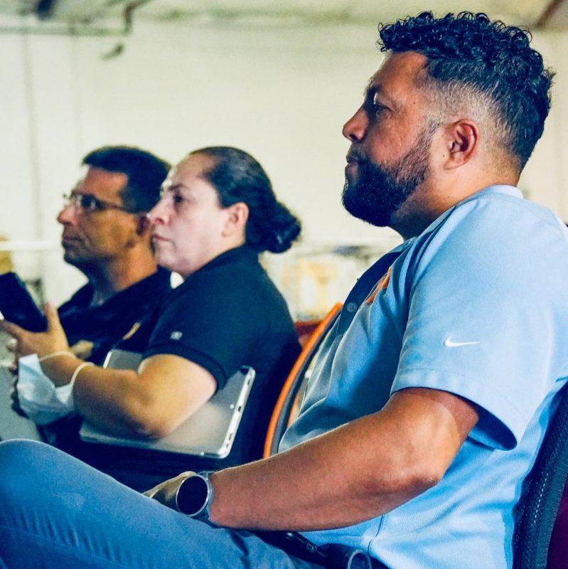 employees-team-training